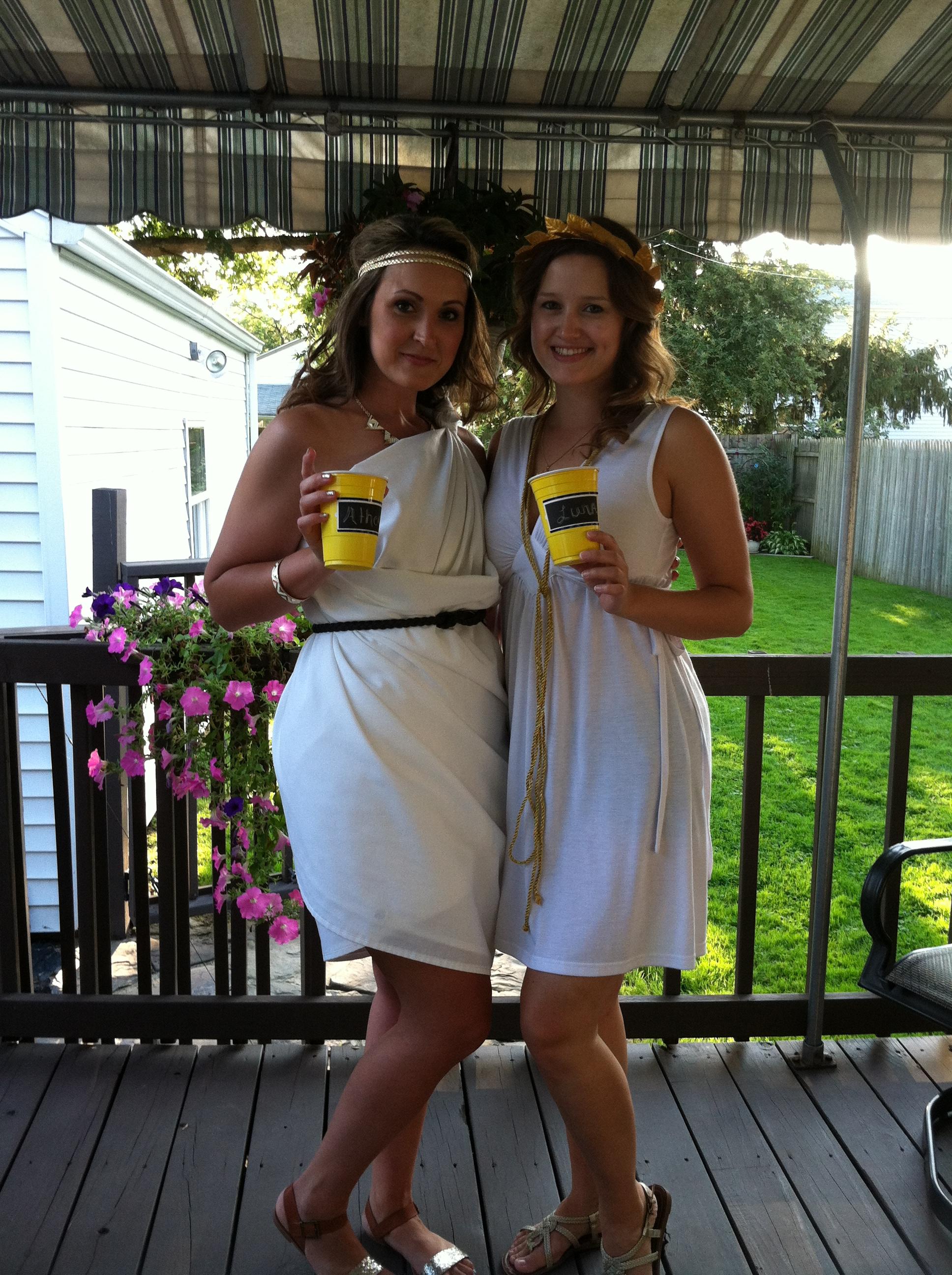 Homemade toga costume female archivosweb solutioingenieria Image collections